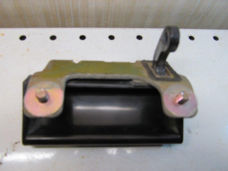 Ручка открывания багажника Mitsubishi Legnum 1998