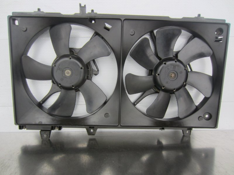 Электровентилятор охлаждения Subaru Forester Sg5 SG5 EJ205 2003