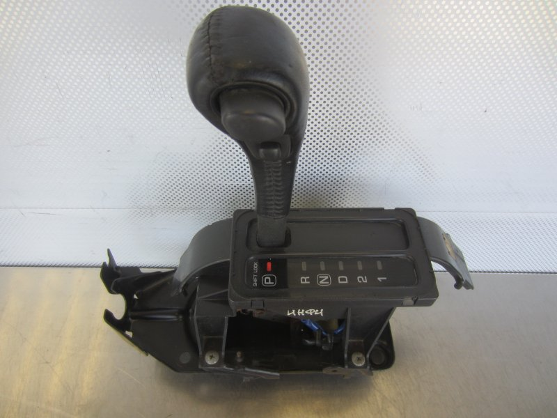 Селектор акпп Nissan Maxima A32 A32 1998