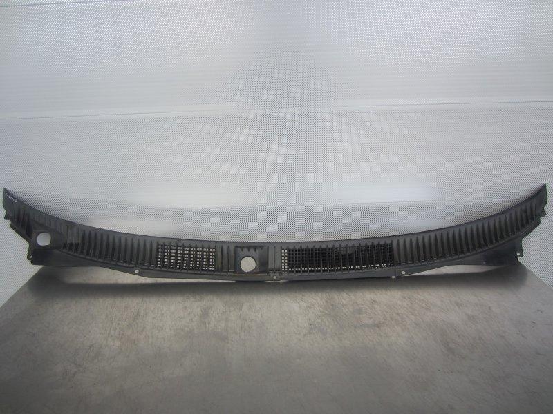 Жабо Mitsubishi Libero 2000