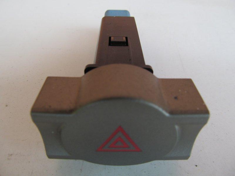 Кнопка аварийная Chery M11 2011