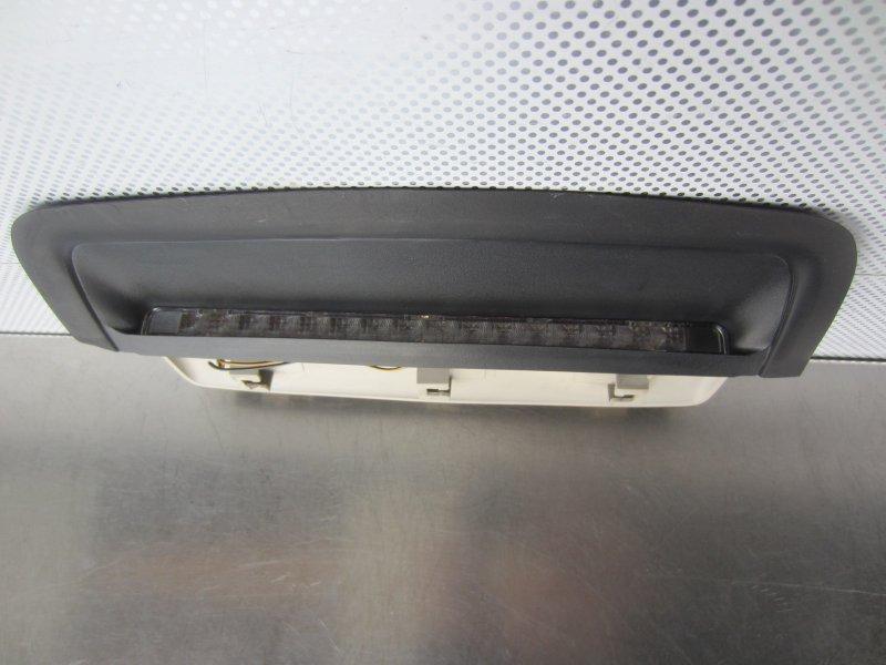 Дополнительный стоп сигнал Opel Vectra B СЕДАН 2000 задний