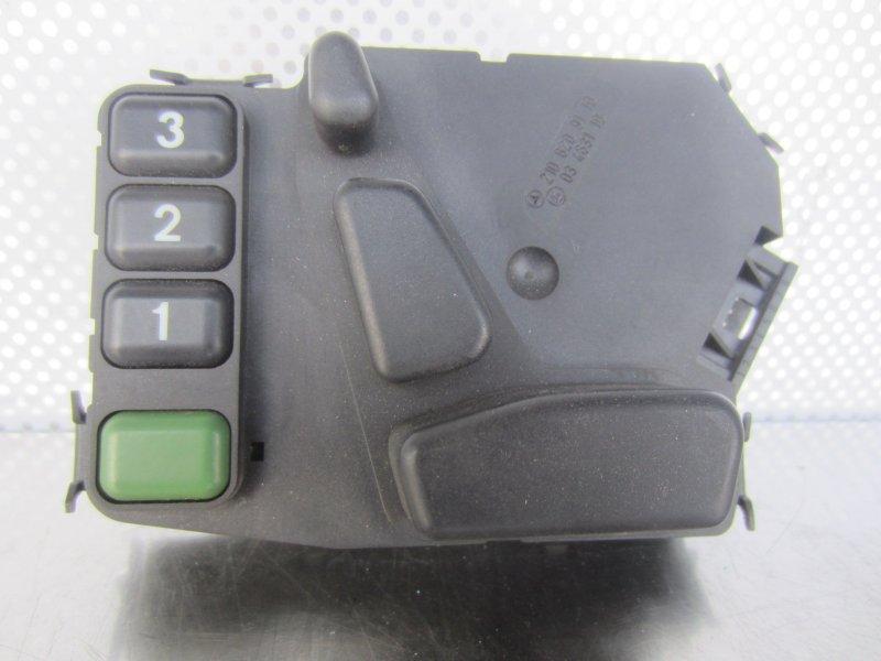 Кнопка регулировки сиденья Mercedes-Benz W208 W208 (CLK) 2001 левая