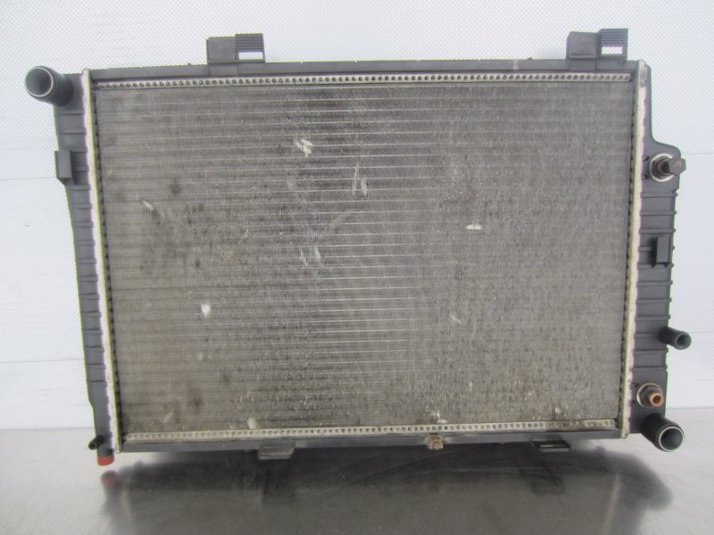 Радиатор охлаждения Mercedes-Benz W208 КУПЕ M112 2000