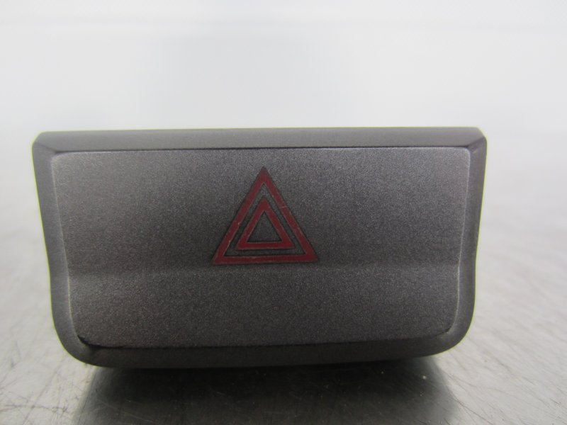Кнопка аварийная Hyundai Accent 2007
