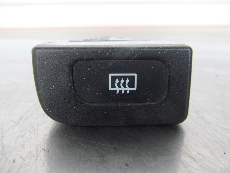 Кнопка обогрева заднего стекла Nissan Cube Az10 1999