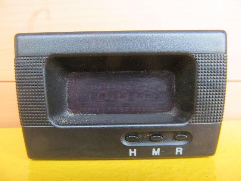 Часы Kia Spectra 2008