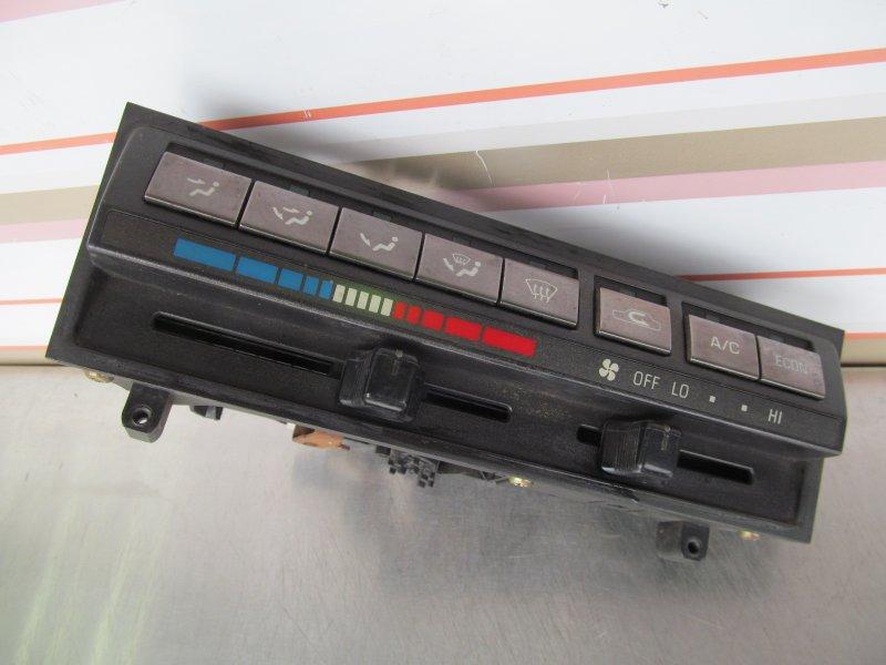 Блок управления печкой Toyota Corolla 90 1990