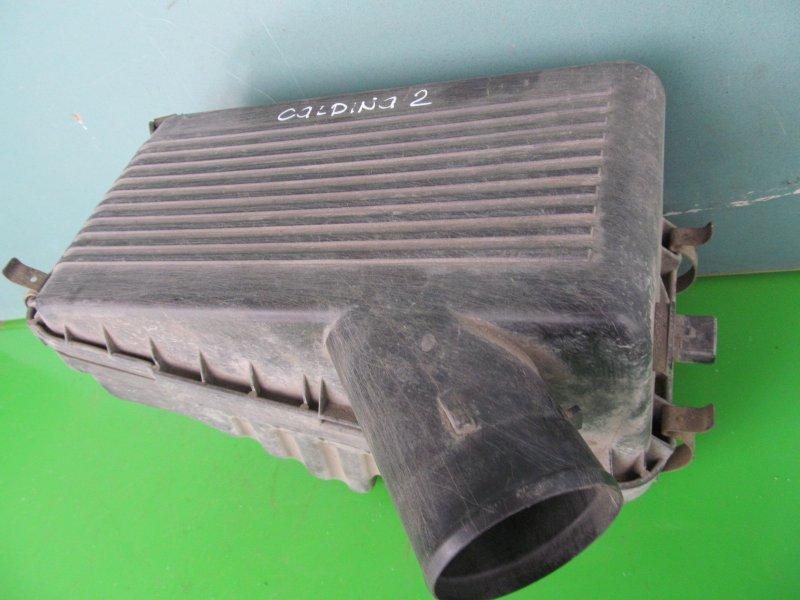 Корпус воздушного фильтра Toyota Caldina 190 5E-FE 1994