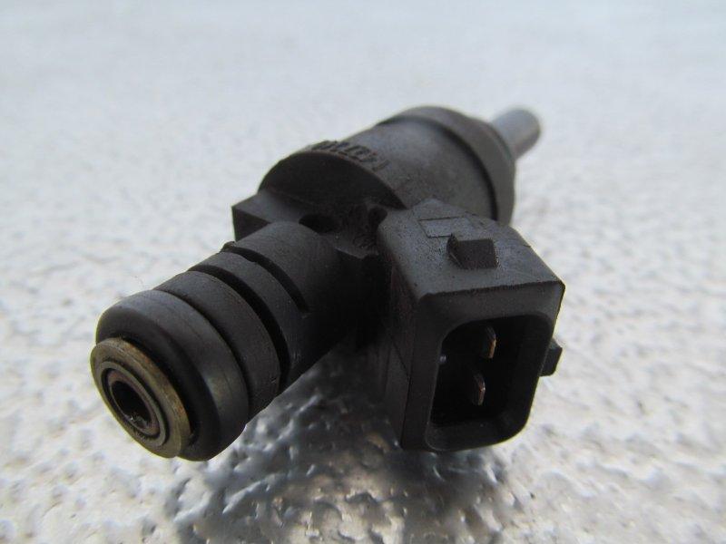 Форсунка топливная Bmw E46 E46 M54B25 2000