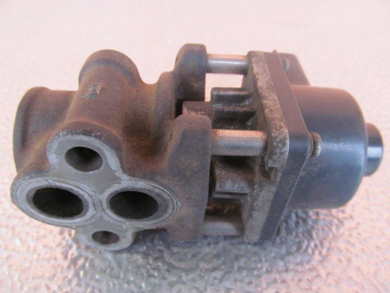 Клапан egr Mitsubishi Galant 8 4G94 2000