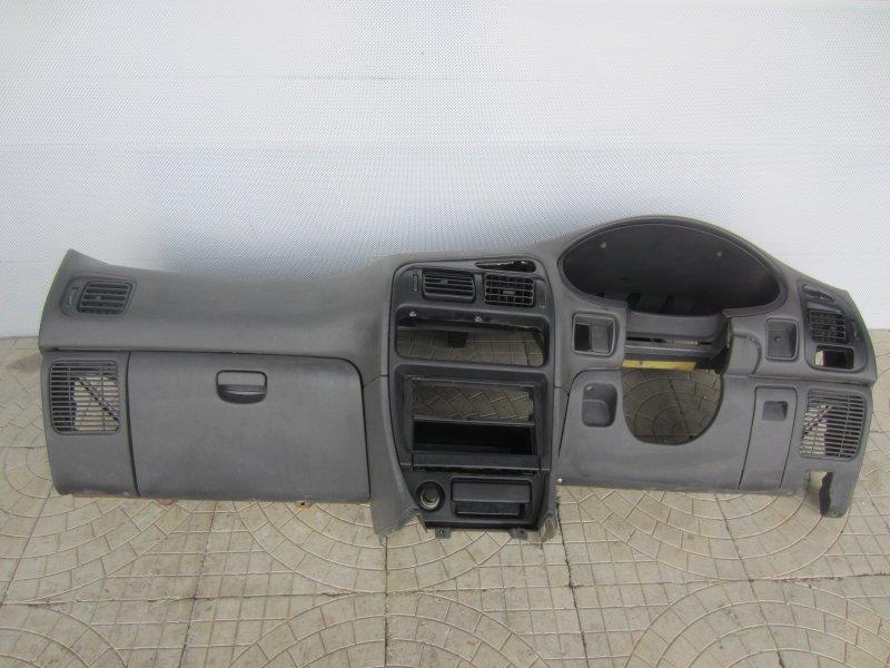 Торпедо Mitsubishi Libero 2001
