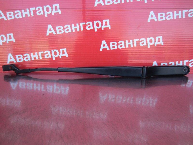 Поводок стеклоочистителя Skoda Rapid 2014 левый