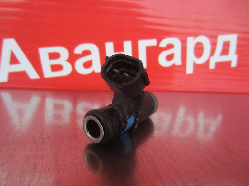 Форсунка топливная Skoda Rapid CFNA (1.6) 2014