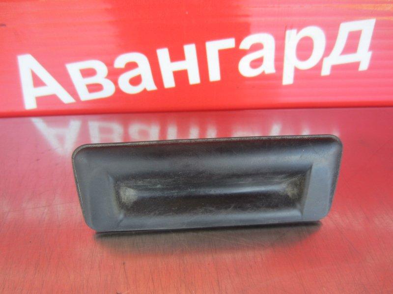 Кнопка открывания багажника Skoda Rapid 2014