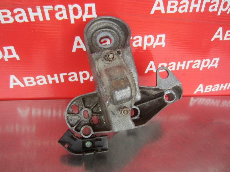 Опора двигателя Audi A4 B5 ADP 1999 правая