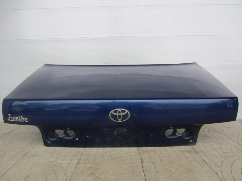 Крышка багажника Toyota Camry Sv30 1993