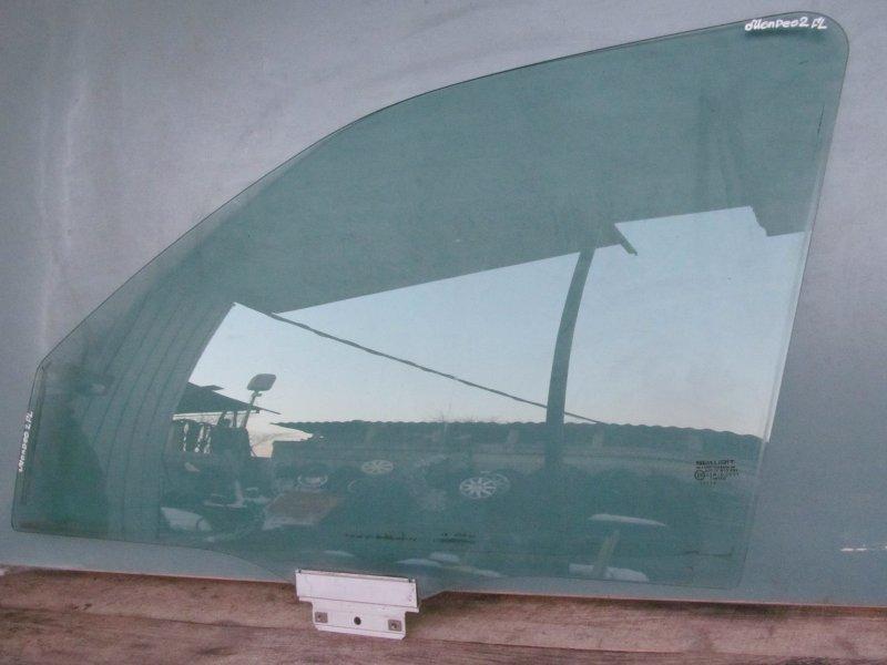 Стекло двери Ford Mondeo 2 1997 переднее левое