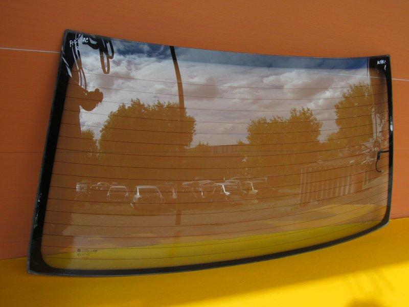 Стекло заднее Opel Astra F СЕДАН 1997 заднее