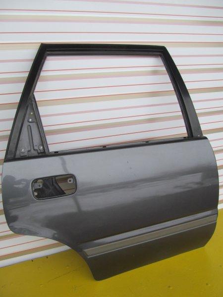 Дверь Nissan Avenir 10 задняя правая
