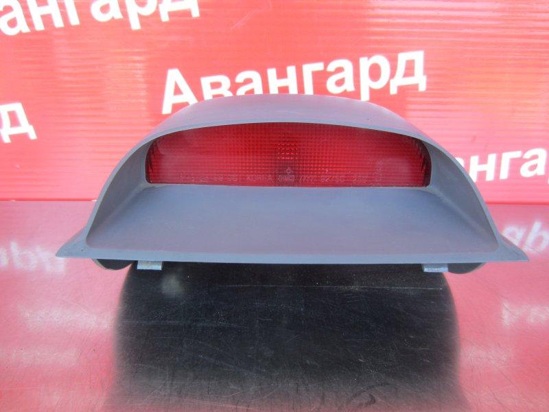 Дополнительный стоп сигнал Hyundai Accent G4EC (1.5 Л) 2006