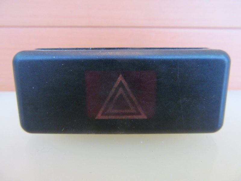 Кнопка аварийная Bmw E39 E39 M52 1998