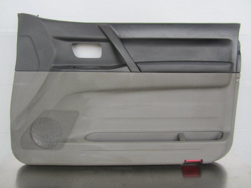 Обшивка двери Mitsubishi Pajero 3 КУПЕ 6G74 (GDI) 2003 правая
