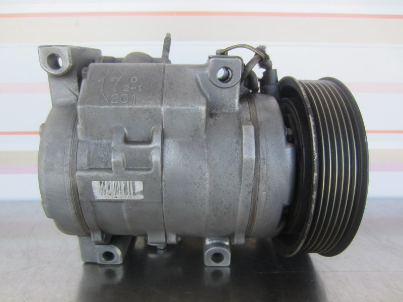 Компрессор кондиционера Toyota Camry Acv30 2AZ-FE 2003