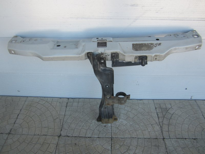 Панель передняя Kia Carnival 2004 передний