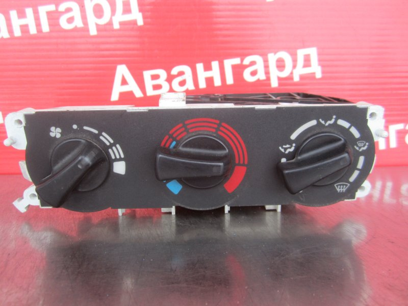 Блок управления печкой Nissan Primera P11 1997