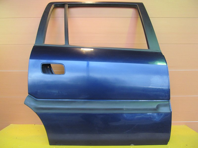 Дверь Opel Zafira A 2002 задняя правая