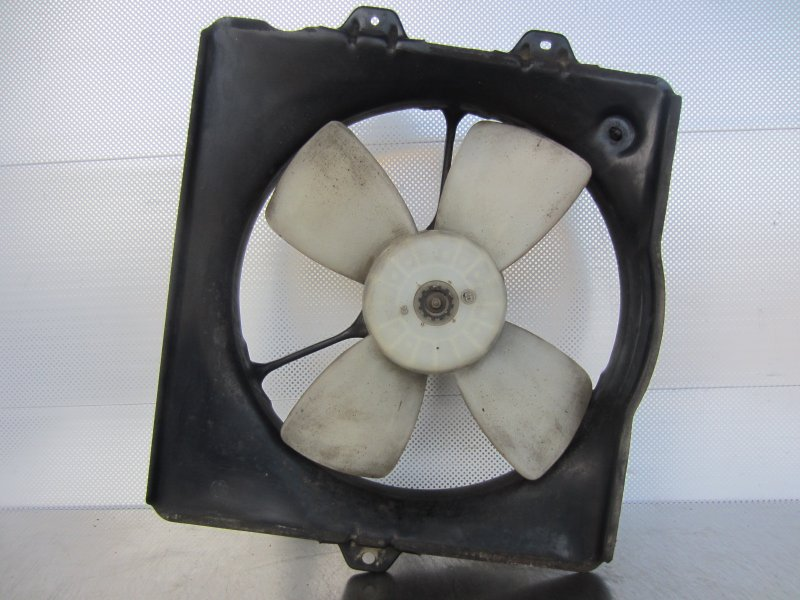 Электровентилятор охлаждения Toyota Corona Premio 210 1997