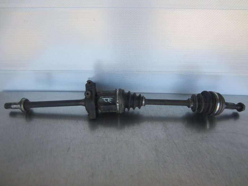 Привод Toyota Camry Sv30 4S-FE 1993 правый