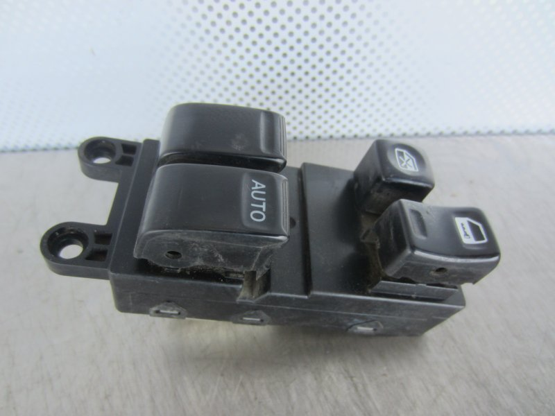 Блок управления стеклоподъемниками Nissan March K11 КУПЕ 1998