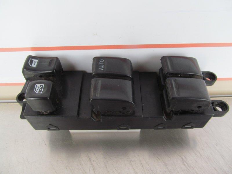 Блок управления стеклоподъемниками Nissan Cube Az10 2000