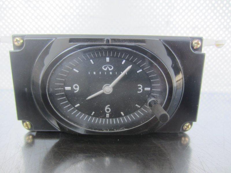 Часы Infiniti Fx S50 2003