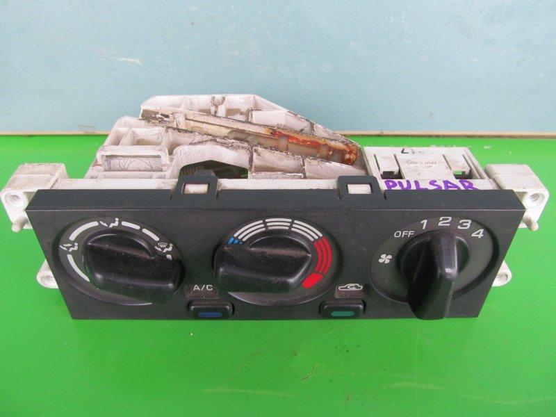 Блок управления печкой Nissan Pulsar N15 2000