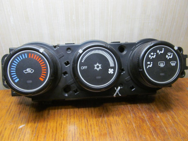 Блок управления печкой Mitsubishi Lancer X 2007