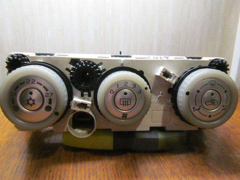Блок управления печкой Mitsubishi Colt 2007
