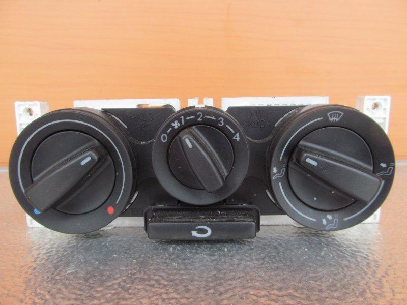 Блок управления печкой Skoda Octavia A4 2009