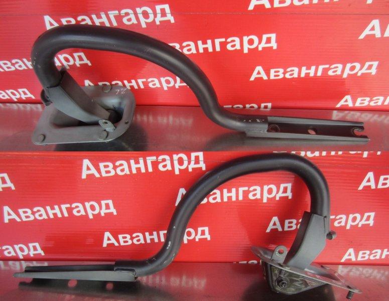 Кронштейн крышки багажника Bmw E60 N52B30 2006 задний