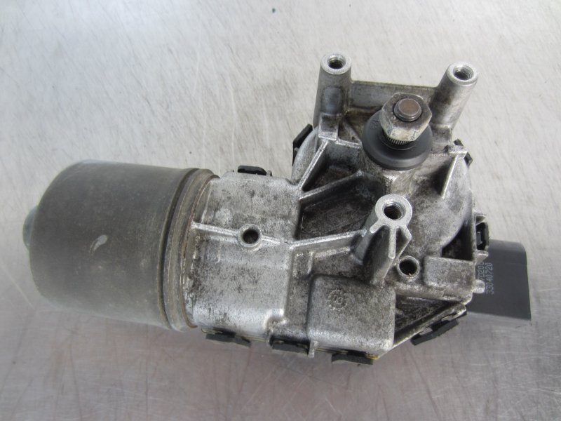 Моторчик стеклоочистителя Mazda 3 Bk 2004