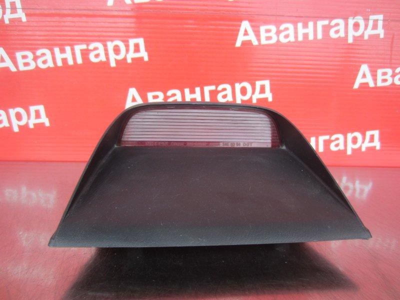 Дополнительный стоп сигнал Nissan Sunny B14 GA15 1997 задний