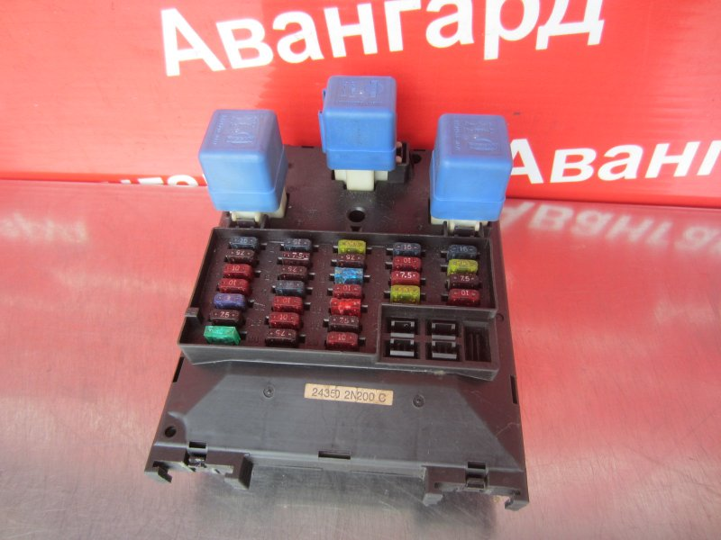 Блок предохранителей Nissan Sunny B14 GA15DE 1997