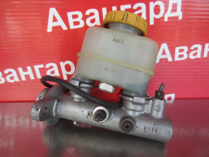 Главный тормозной цилиндр Nissan Sunny B14 GA15DE 1997