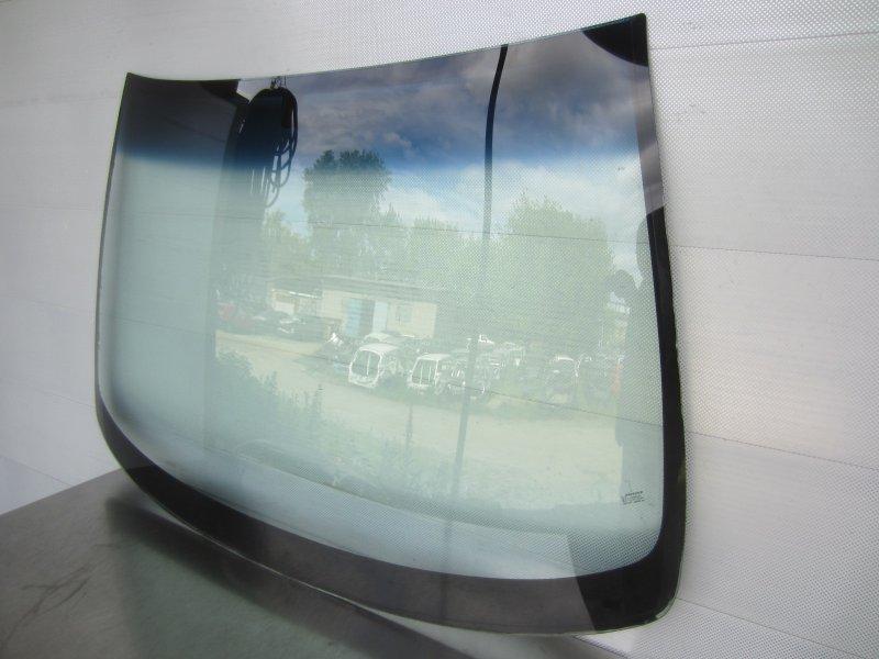 Стекло лобовое Opel Astra G 2002 переднее