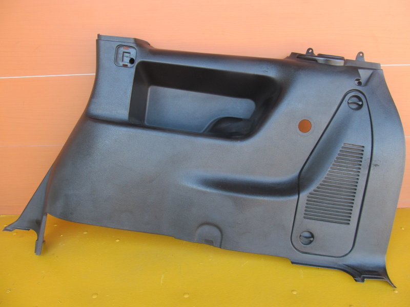 Обшивка багажника Opel Zafira A 2002 задняя правая