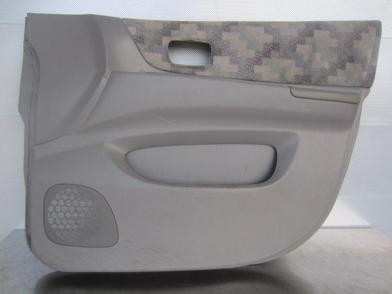Обшивка двери Nissan Liberty M12 PM12 SR20DE 1999 передняя правая
