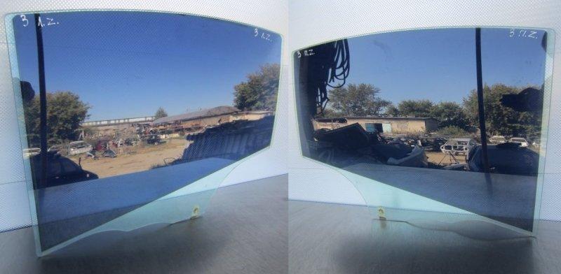 Стекло двери Mazda 3 Bk СЕДАН 2004 заднее
