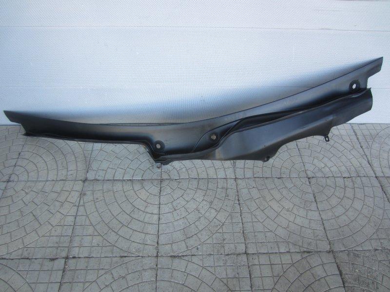 Жабо Mercedes-Benz W220 2001